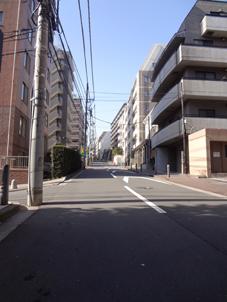 神奈川台坂道.jpg
